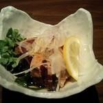 紬 - カツオの酢の物
