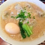 酒と肴と麺の店 田村屋 - 牡蠣ワンタン麺+味玉