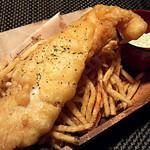 Cafe&Bar Time - Pez's Today's Fish & Chips アンチョビオリーブディップ添え