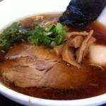 16404970 - 醤油味玉らぁ麺