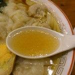 16405467 - スープはあっさり醤油味