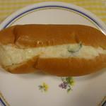 ブルク 手作りパン - ブルク自家製ポテトサラダサンド