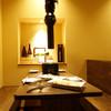 炭焼塩ホルモン『あ』神戸酒場 - 内観写真:テーブル席。小宴会もご相談ください。