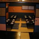 助六 - ご宴会用の和室もご用意(最大50席)。少人数様でも対応できます。