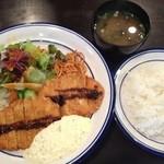 洋食 ひなた - 海老カツ定食