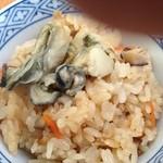 16412728 - 牡蠣飯