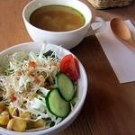 16418301 - サラダとスープのセット