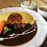16418310 - デミグラスオムライス950円とサラダとスープのセット300円