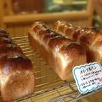 薪焼きパン 小麦堂 -