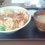 満腹食堂 - カツ丼 大盛り 800円