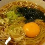 山田うどん - たぬきそば+卵