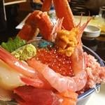 日本料理武平 - 料理写真:迫力の海鮮丼。また食べたい!って思ったのはここ武平のだけ。