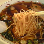 第二スター - 珍しい平麺の極細麺!スープがついてくるよ~ww