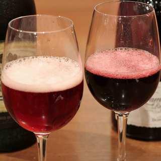 赤の微発泡ワイン【ランブルスコ】がグラスで楽しめる!