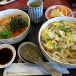 新南愛知カントリークラブ - 2012.12 うどんとどんぶりのミニ丼セット(1350円)