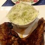 16432509 - ジャンバラヤのリブ、サラダ添え+玄米ご飯