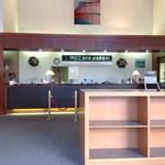 ゴールド栃木プレジデントカントリークラブ レストラン - フロントです