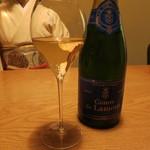 16437629 - NV CHAMPAGNE BRUT Comte de Lamotte 1250円/120mlグラス