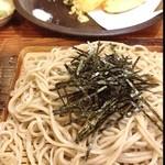山猫亭 - 料理写真:天ざる蕎麦。冬でも温蕎麦食べません。すぐのびちゃうんだもの(´Д` )