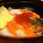 16438856 - サーモンイクラ丼アップ