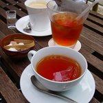 茶の愉 - 2009/06/06 撮影 ランチセットの飲み物