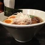 牛薫る麺処 嵐風 - 牛醤油味玉らぁ麺
