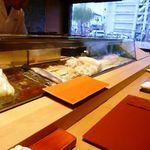 16447766 - 店内からは、那珂川が見え開放感がありますね。