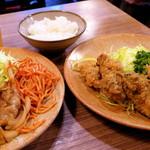とんかつ冨貴 -  ガブッとかじるとシュワンとはじける牡蠣の香り あ〜〜、美味しいなぁ〜〜〜 幸せなひと時。