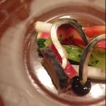 オー・グルマン - 鯖マリネ。締まり過ぎず生過ぎない、程良く締まった鯖が美味。