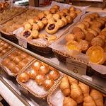 マンマ・ビスコッティーズ・ベーカリー - 焼きたてのパンとデニッシュ
