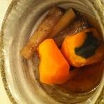 16451922 - かぼちゃとゴボウ煮