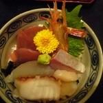 16452548 - 今回、食したメインの海鮮ちらし丼