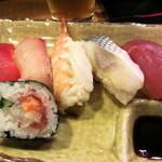 房寿司 - お寿司5貫、こぼれ巻き(バルメニュー)