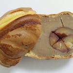小布施栗菓製造 - 栗福(横にカットした断面、2012年12月)