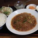 紅太陽 - 麻婆春雨(日替り定食)、500円