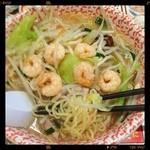 丸源ラーメン - エビ野菜湯麺¥780、スープにはエビの風味無し、でも湯麺としては美味しいです。