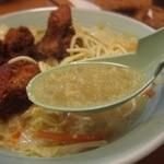 八幡のチャンポン - カツの多いチャンポン スープ
