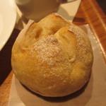 MUJI - 石臼パン