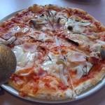 チェスティーノ - ペアセットのピザ、なすときのこピザ