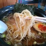 麺家 はなまる - 魚介ラーメン¥650+味玉¥100の中細麺(H24.12.16撮影)