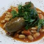 16475100 - 子羊のソーセージと白インゲン豆の煮込み