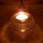 マディグーカフェ - おしゃれな明かり。。。