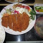 マツノ - マツノのとんかつ定食(750円)