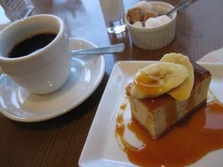フダンカフェ - コーヒー450円とケーキ