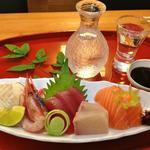 四季彩 八や - 料理写真:自慢のお造りと美味しいお酒の組み合わせは最高です!