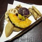 16485043 - 季節の野菜天ぷらと揚げ蕎麦がき