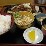 ばんちゃ屋 - 焼肉定食(御飯中盛)
