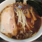 中野汁場 進化 - 醤油ラーメン 700円