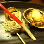 さわ栄 - サザエ壺焼き、大浅蜊マヨネーズ焼き