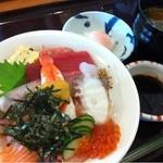 16506785 - 海鮮丼